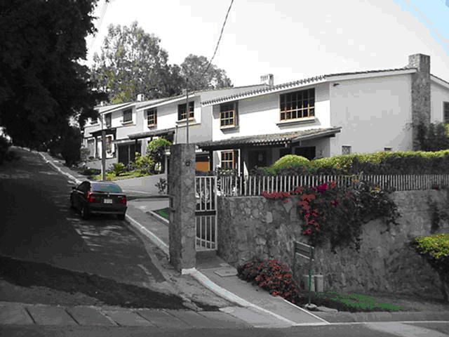 Diseño y construcción de condominio (2)