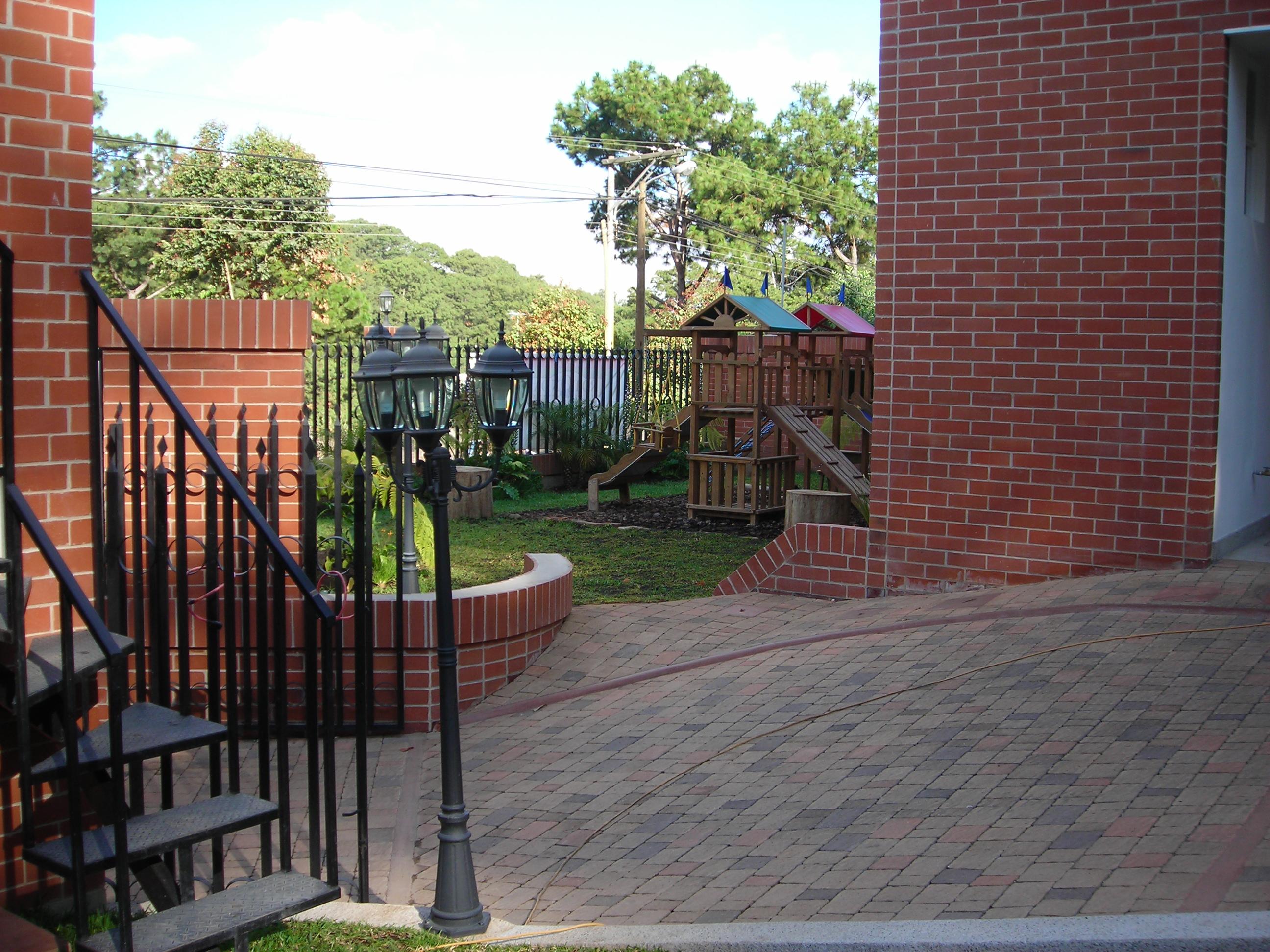Diseño y Construcción de condominio (5)